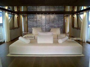 decorazione artistica interni yacht